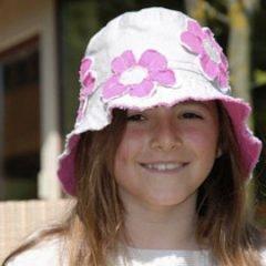 Cappelli e borse belli e solidali
